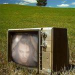 Fotomontaje en un televisor