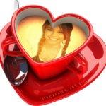 Fotomontaje en una taza