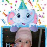Tarjeta de cumpleaños con un elefantito