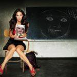 Fotomontaje gratis en una pizarra con Megan Fox