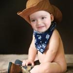 Fotomontaje en rostro de niño vaquero