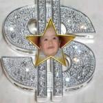 Fotomontaje en el símbolo de dolar
