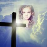 Fotomontaje de Semana Santa: cruz en el cielo