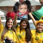 Fotomontaje del mundial con chicas brasileras